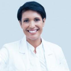 http://carlosborrasclinicadental.com/wp-content/uploads/2015/12/doctora3-250x250.jpg
